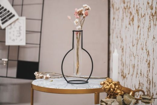 Housevitamine ZWART METALEN VAASJE- Vase BLACK