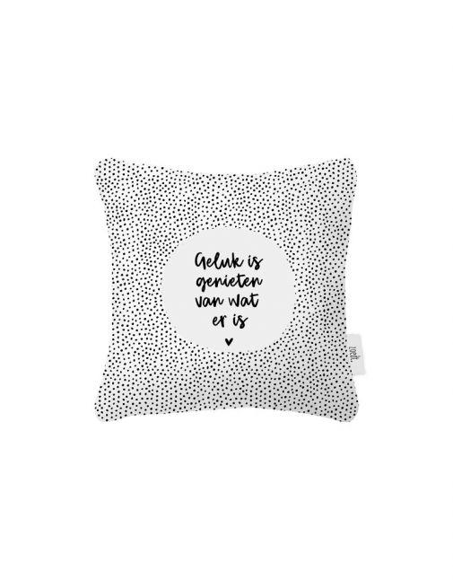 ZOEDT Buitenkussen wit met tekst 'Geluk is genieten van wat er is'